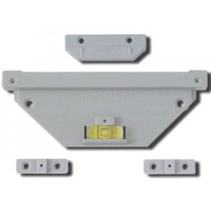http://www.hangframes.com/cart/4-4-thickbox/trackmaster-standard-wood-frame-hanger-kit.jpg